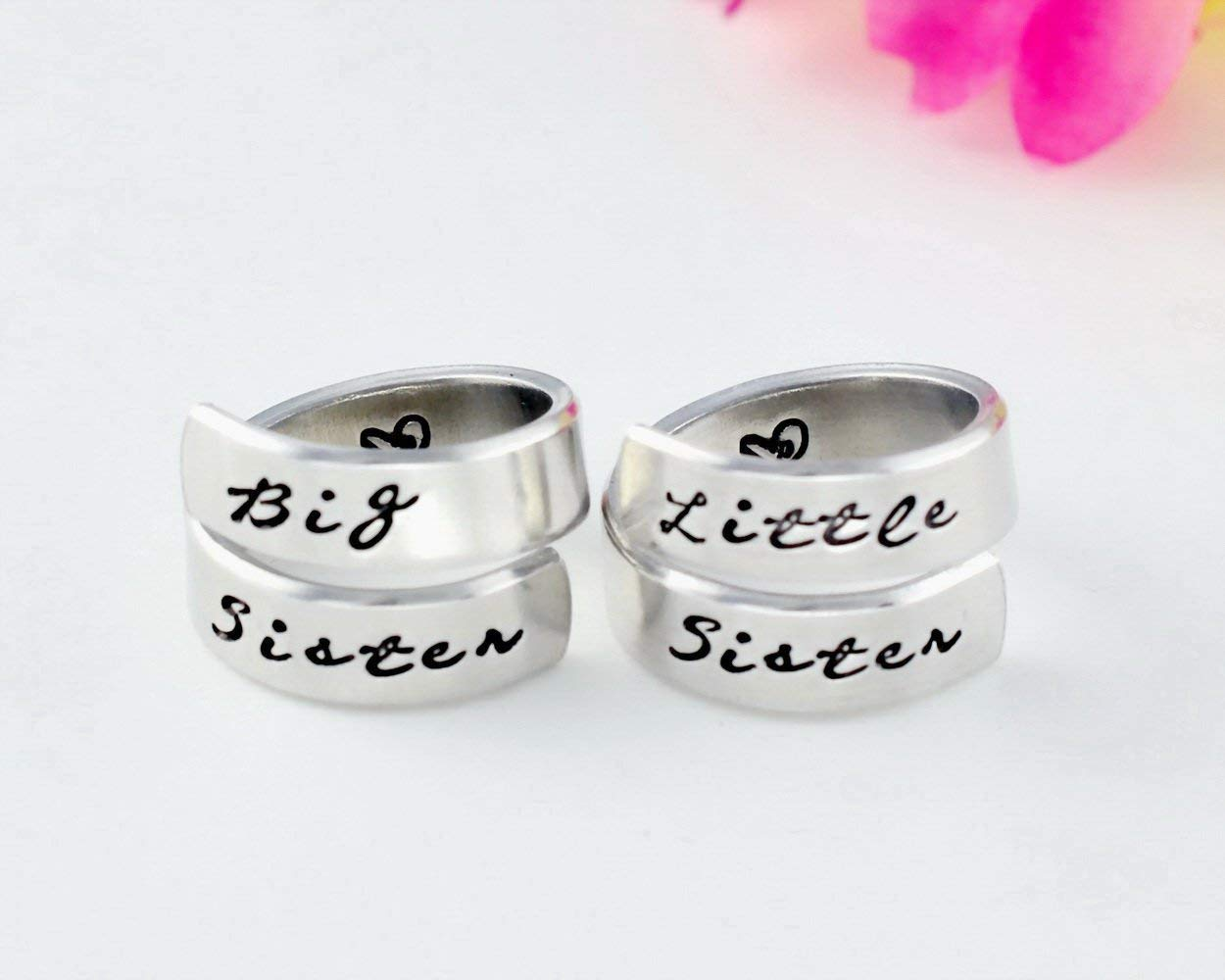 Big Sister Little Sister - Hand Stamped Aluminum Spiral Wrap Rings Set of 2, Big Lil Sis Rings, Sorority Friendship Best Friend BFF Personalized Gift