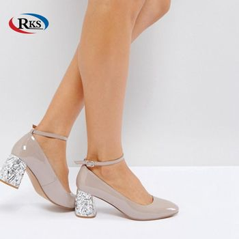 e8caddeb94d0f Ladies Nude Patent Leather Upper Shoes Women Jewel Embellishment Mid Block  Heels Slim Toe Guangzhou Shoes