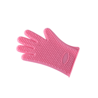 2019 New design Durable Heat Resistant and anti-slip insulated Silicone Glove for Kitchen