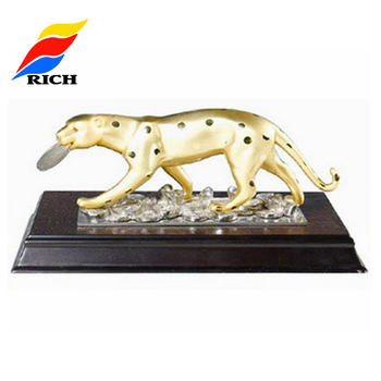 Custom Made Metal Golden Leopard Desktop Decoration