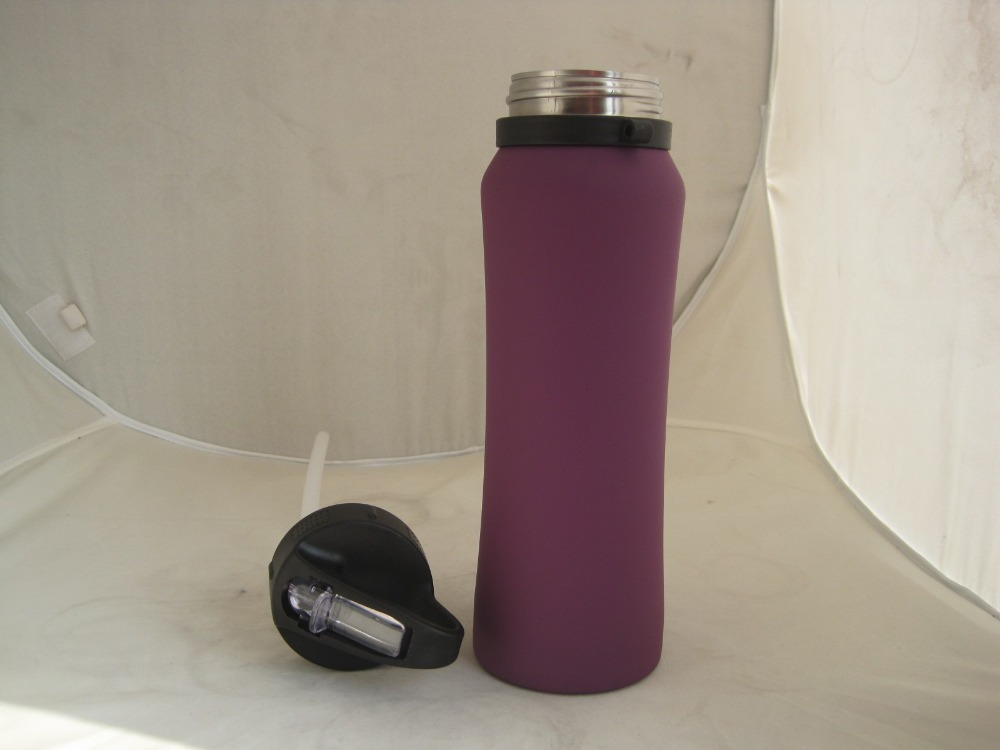 BPA free stainless steel water bottle with flip cap and straw