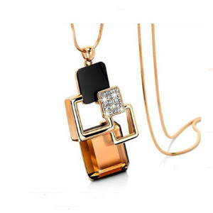HM74 European and American New fashion Golden Color Geometric Crystal Stone Pendant Necklace for women