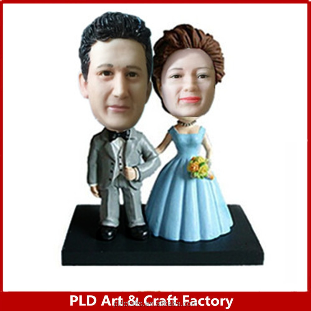 Polyresin customized made wedding decoration ornament bobble head figurines
