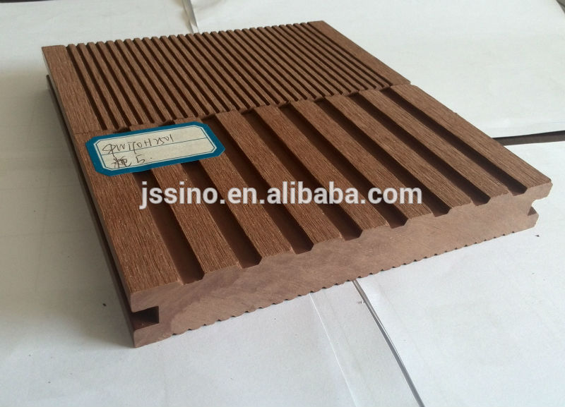 Waterproof Extruded Wood Plastic Composite Decking Faux Patio Flooring