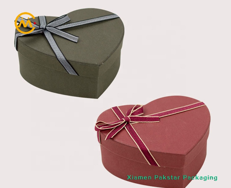 Custom size cardboard paper gift packaging heart shape box for chocolate pack