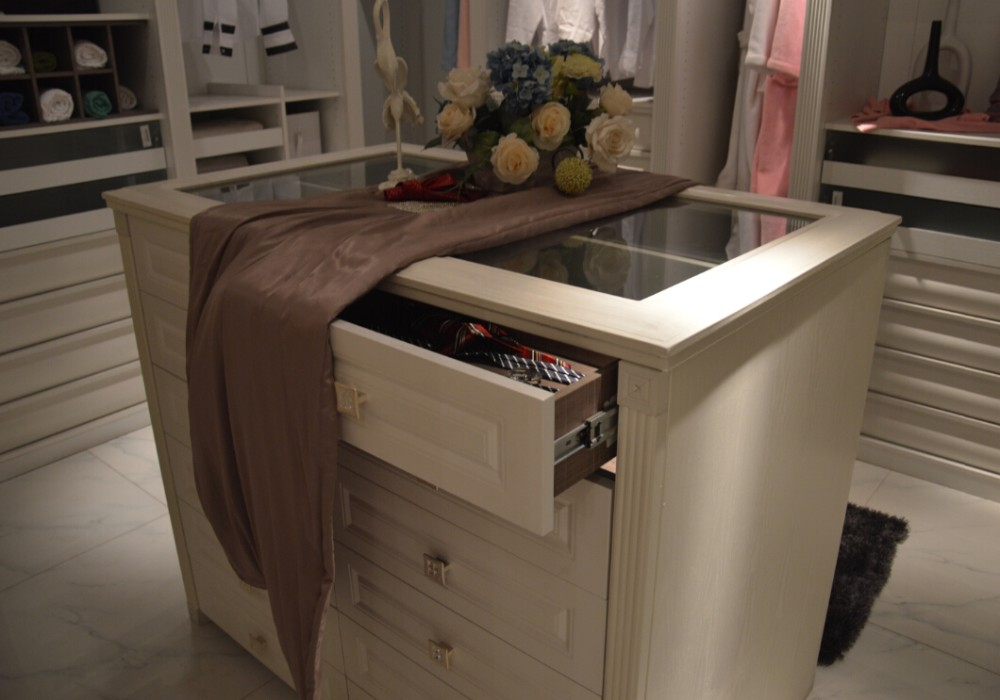 Guangzhou factory 2016 clothes cupboard women big chest for Bedroom wardrobe shutter designs