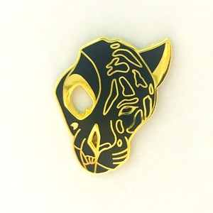Black Panther Shaped Customized Hard Enamel Lapel Pins With Gold Plating