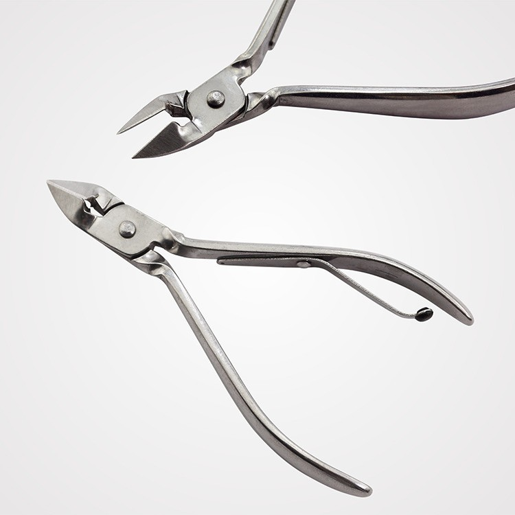 Leather Tools 12 In 1 Nail Art Kits Nail Clippers Pedicure Tools ...