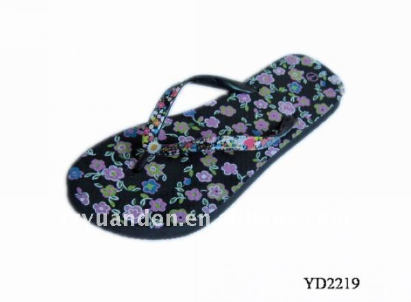 Eco-friendly 2013 latest designed promotional fancy modern cheap comfortable Fashion khussa slippers