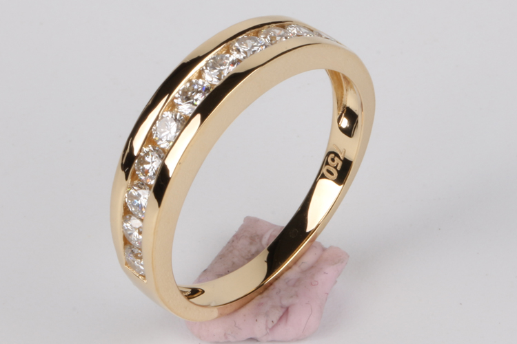 Polly Latest Wedding Ring Designs 18k Gold New Model