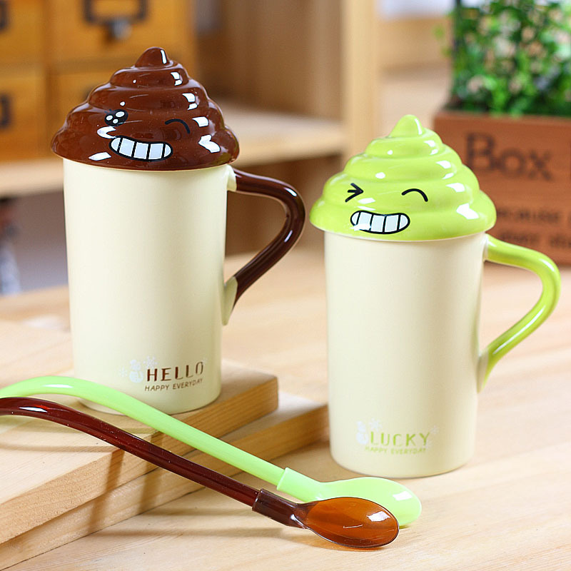 Creative emoji ceramic mug with poop lid cheap ceramic coffee mug with straw