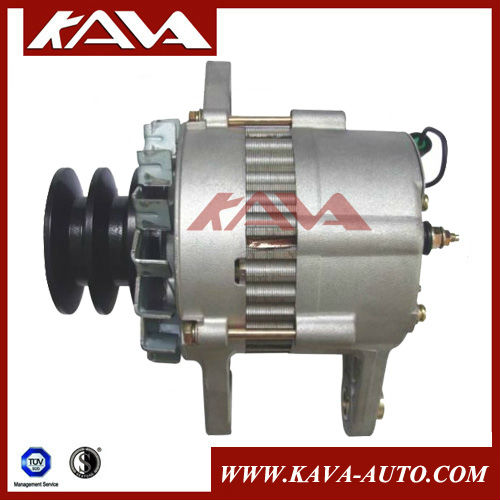 Hitachi EX200-1 Excavator alternator.1-81200-365-0 0-33000-6000.0-33000-3700.24V/30A