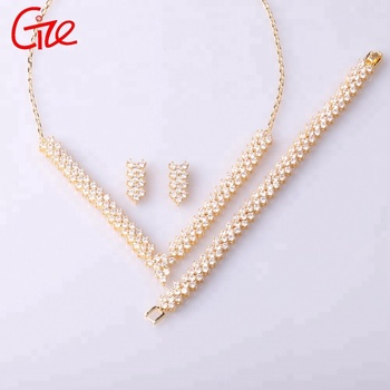 Wuzhou wholesale fashionable women perfect design Cubic zirconia stone wedding jewelry set