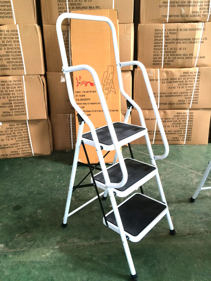 Rubber Feet Step Ladder 4 Step Ladder With Handrails Buy