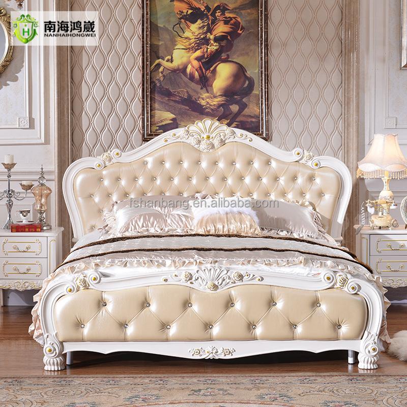 Vasculaire c r bral or sculpt en bois nouveau mod le king for Chambre a coucher nouveau modele