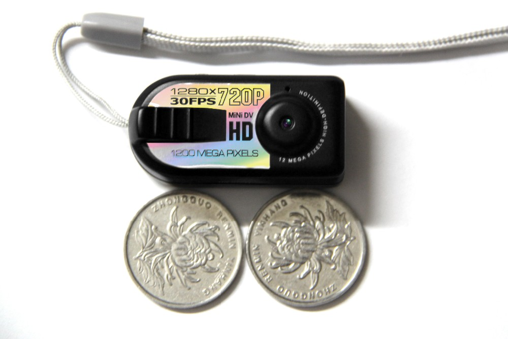 Sample available lawer Business man using MIni video camera Q5 hidden camera 1280*720P resolution HD Mini hidden Camera