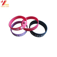 Custom logo fashion design adjustable promotional items china personalized rubber wrist bands silicone wristbands for nick