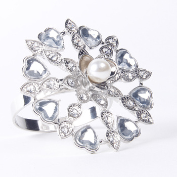 Diamond Napkin Ring Serviette Holder