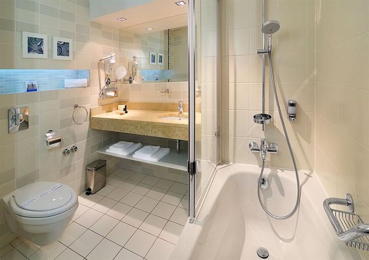 fashion design bathroom aluminum medicine bathroom accessories dubai