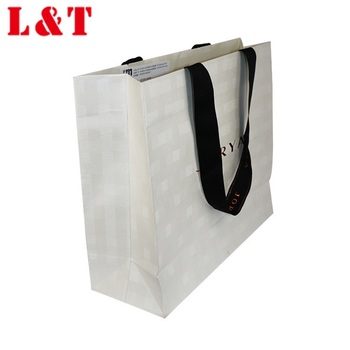 Clothing shopping paper carrier bag with good quality