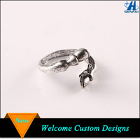 Ally Express Cheap Wholesale Zinc Alloy Open Horse Hoofs Ring For Gift