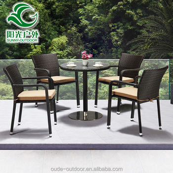 Hot sell factory price bali style rattan wicker dining round table and chair  sets for garden. Hot Sell Factory Price Bali Style Rattan Wicker Dining Round Table