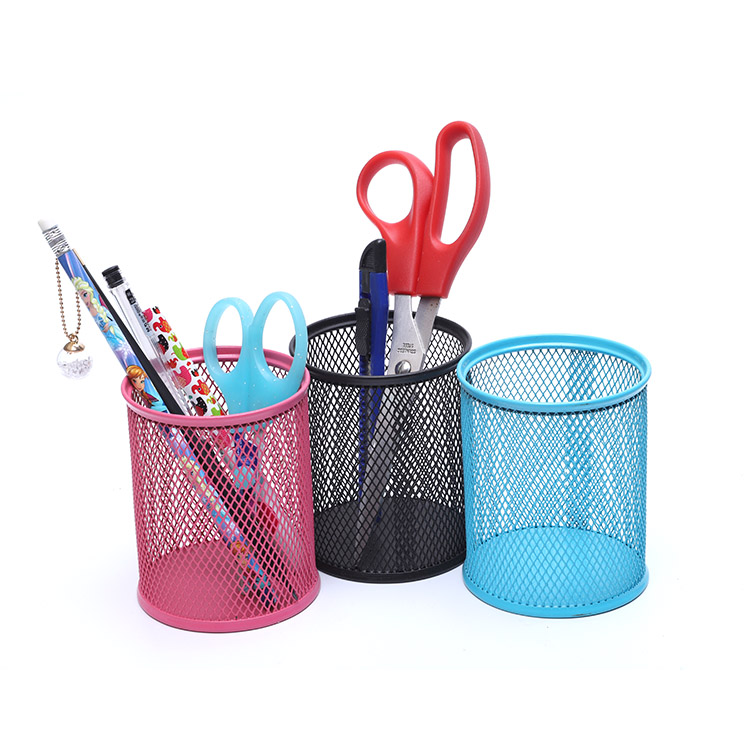 YC Eco-friendly Black Hollow Out Design Metal Promotional Wall Container Pen Holder