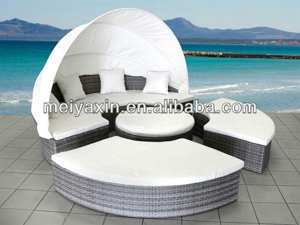 mobili da giardino economici divano rotondo in rattan ...