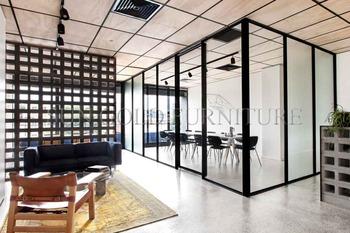 Moderne Schwarze Aluminium Rahmen Glas Trennwand Mit Schiebeturen