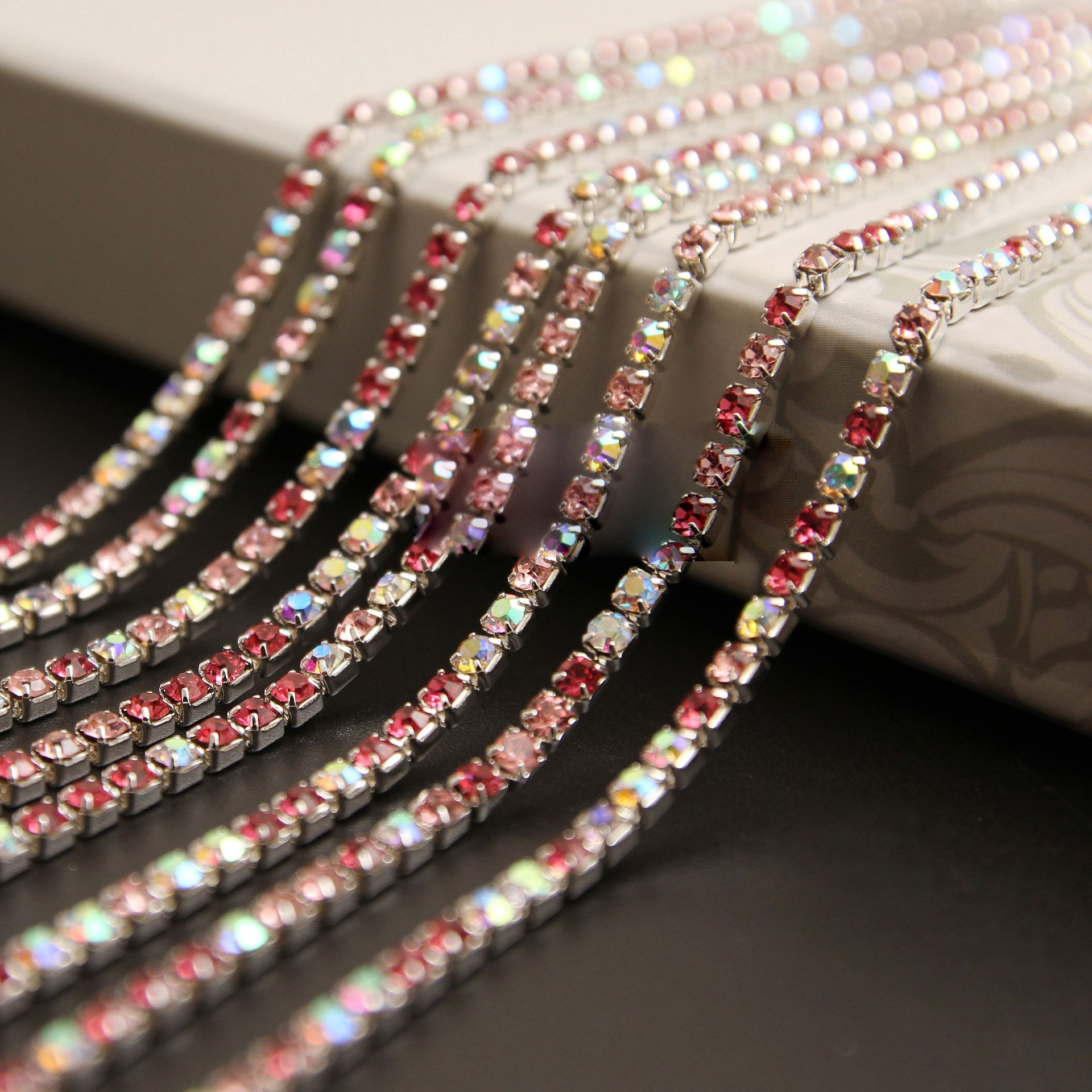 Get Quotations · USIX 10 Yards Crystal Rhinestone Close Chain Trimming Claw  Chain Multi Size Color Rhinestone Chain for 38d38cd034c8