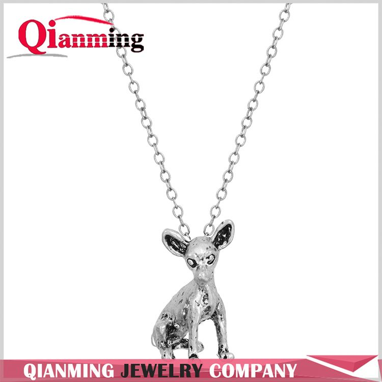 Famous 3D Realistic Chihuahua Necklace Animal Charm Dog Lover Themed Necklace Personalized Birthday Gift for Girls