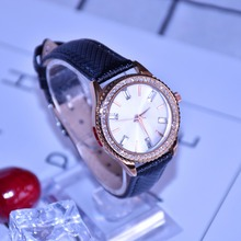 2018 Fashional Diamond Edge Case Women Watches with Leather Bracelet OEM Watch