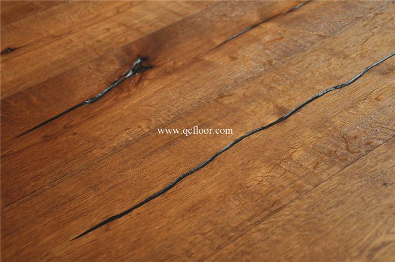 Knotty verontruste goedkope rustieke vloer eiken klik houten vloer