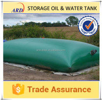 Storage agricultural water with collapsible water bladder plastic water tank
