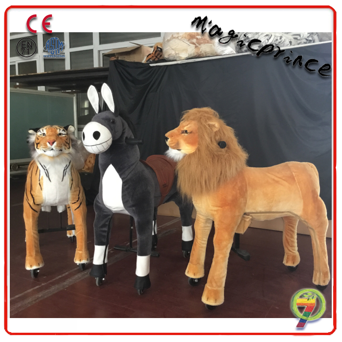 High Quality running galloping horse toy for kid, ride on horse toy for kid