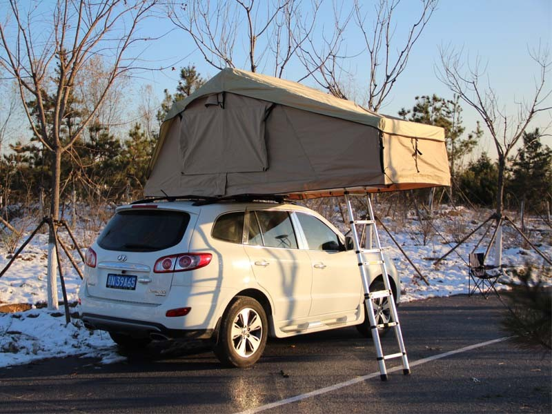Land Rover Car Camping Roof Top Tent With Private Changing Room