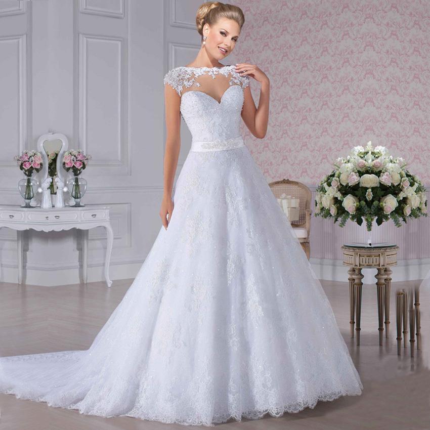de5c97de5f83 Te animarías a comprar tu vestido de novia en el extranjero?