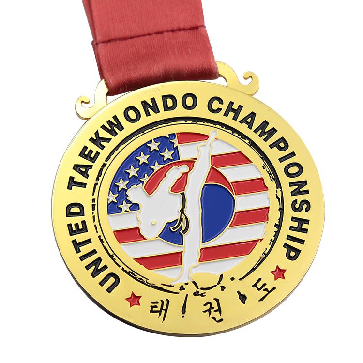 ที่กำหนดเองโลหะคุณภาพสูงกีฬาโลหะผสมสังกะสีที่กำหนดเองถ้วยจีนเหรียญคาราเต้