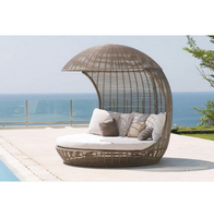 Luxury outdoor furniture rattan outdoor pool bed rattan daybed with canopy