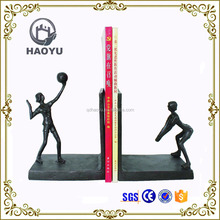Home Decoration Art And Handicrafts Cast Iron Women Playing Vollyball Bookend