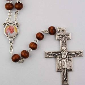 ROSARY BEADS - 6MM POPE FRANCIS ROSARY BEADS FOR MEN, WOMEN OR CHILDREN WITH BROWN WOOD BEADS AND SILVER OXIDIZED SAN DAMIANO CRUCIFIX. PHOTO POPE FRANCIS CENTERPIECE. INCLUDES RED VELOUR GIFT BOX.