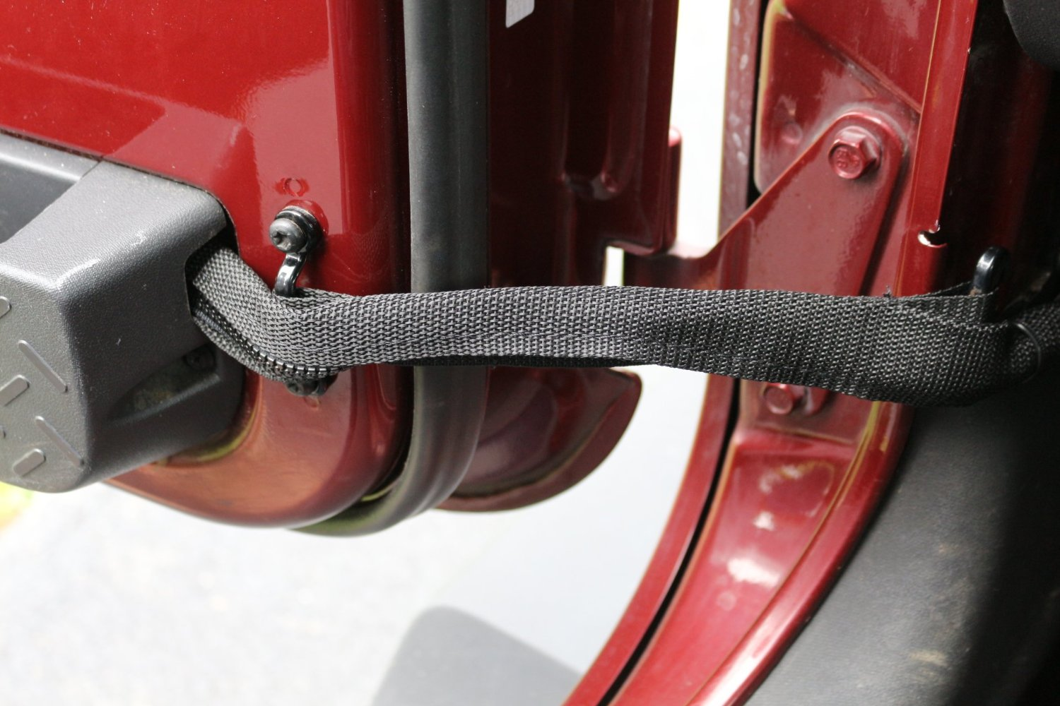 Get Quotations · Jeep Wrangler Door Limiting Straps with Wire Protecting  Harness for Jk's
