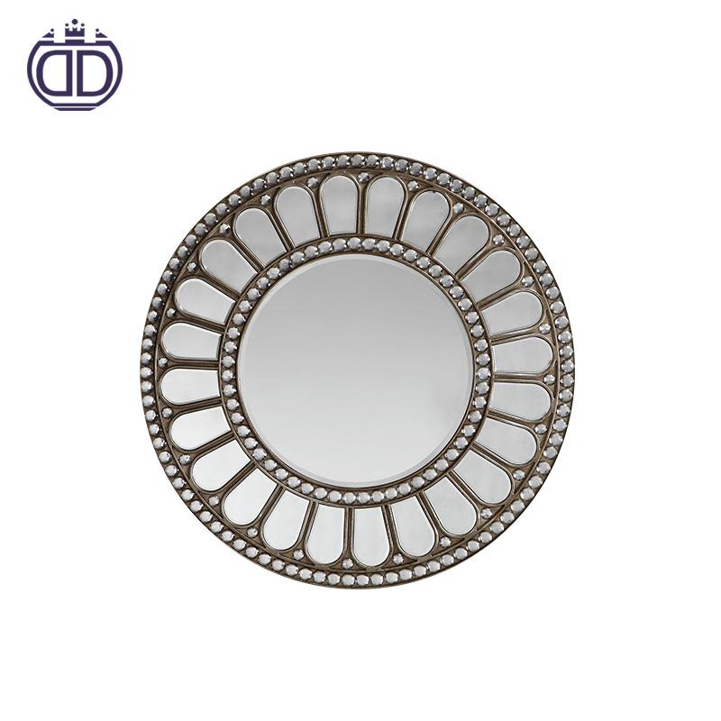 Living Room Decorative Mirror Wall Art Vintage Round Compact Mirror Bathrooms Round Artistry Products Wall Mirror Buy Compact Mirror Mirror Bathrooms Mirror Wall Art Product On Alibaba Com