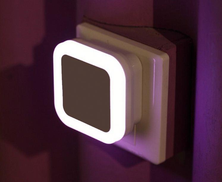 Bed Lamp US EU Plug Auto LED Light Induction Motion Sensor Control Bedroom Night Lights