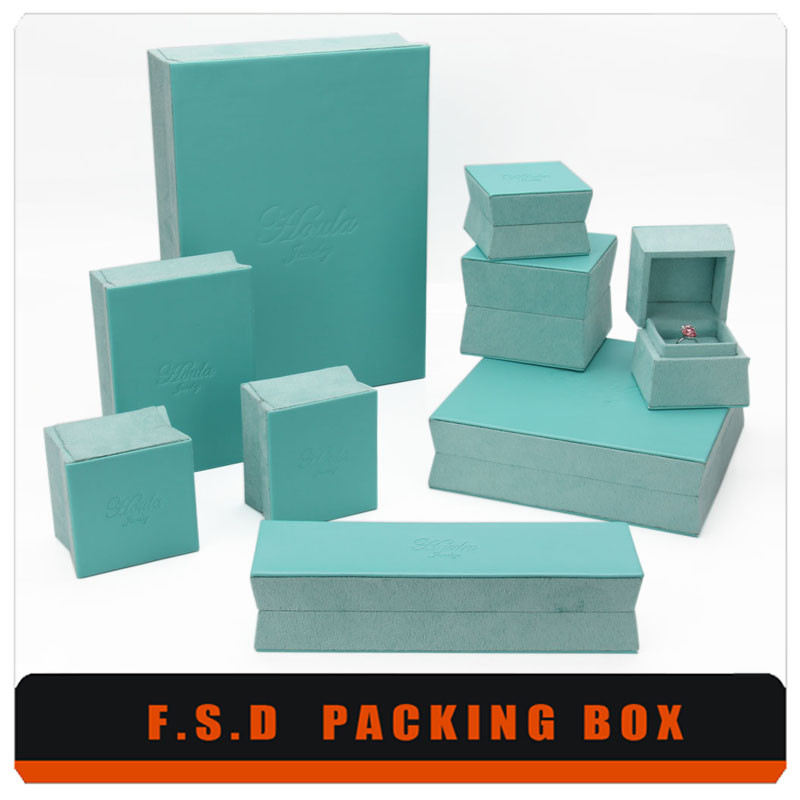 China Manufacturers Imported Wholesale Velvet Jewelry Box
