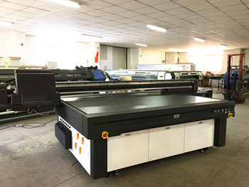 Uv digitale stampante flat bed stampa su vetro piastrelle in