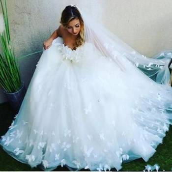 Zh3263g Custom Made Lace Appliqued Tulle Wedding Gowns 2018 Romantic  Sweetheart Ball Gown Wedding Dress Plus Size Vestidos - Buy Plus Size  Wedding ...