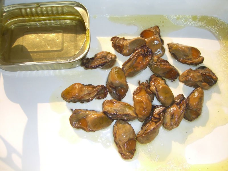 China Best Quality Canned Smoked Oysters In Veg Oil