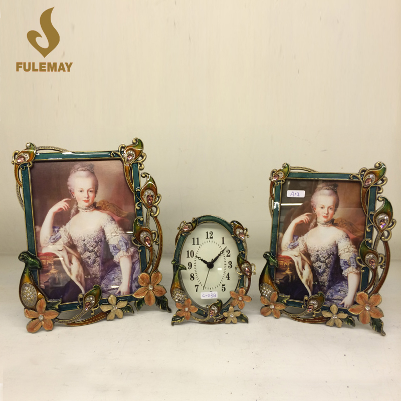 European Retro Gem Metal Picture Frame Wall Hanging Noblewoman Photo Frames