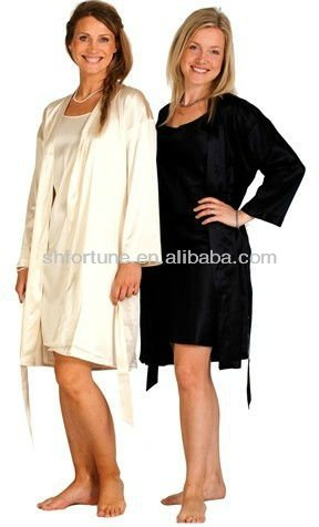 Long ladies' silk nightdress suits